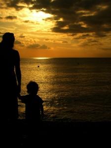 mum and kid noli