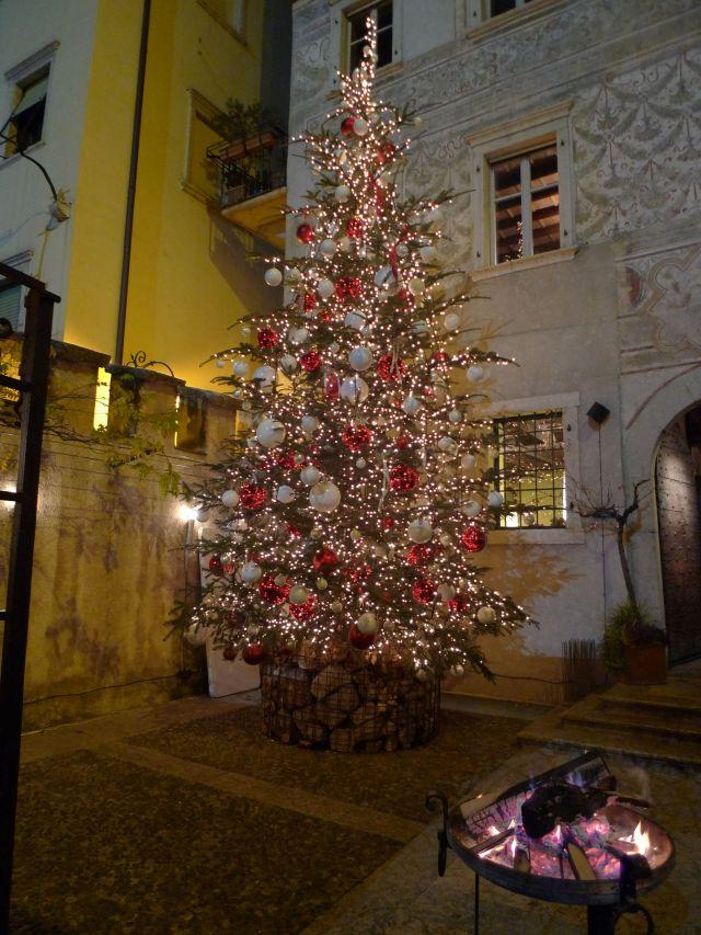 Albero di Natale a Trento (vikingandre.com)