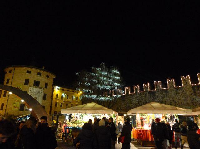 Mercatino natalizio di Trento (vikingandre.com)