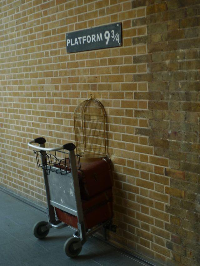 Platform 9 3/4 (vikingandre.com)
