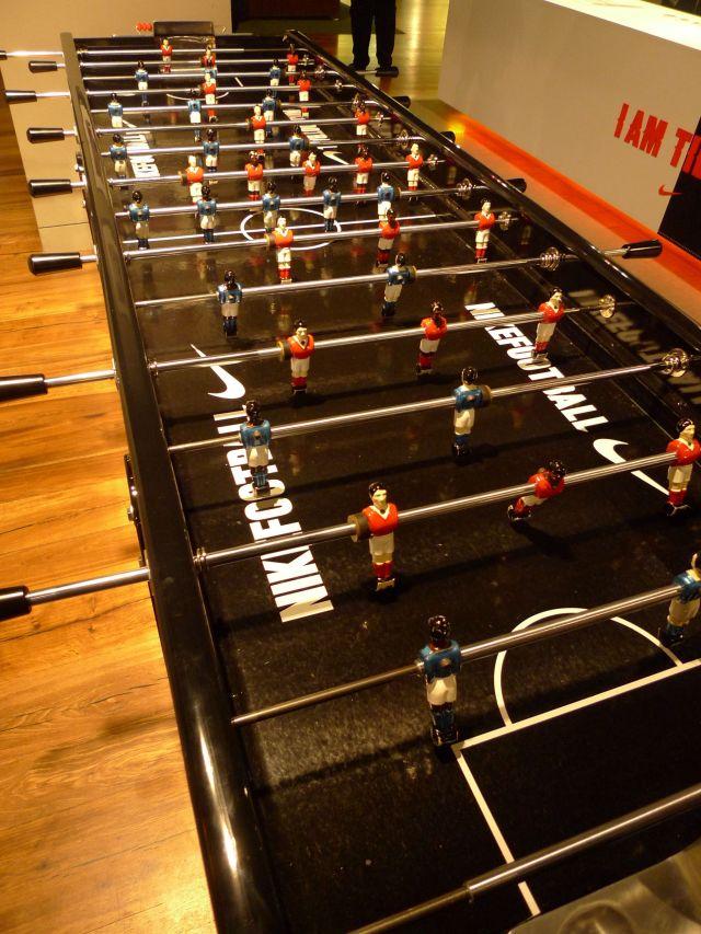 Nike Store, Oxford Street (vikingandre.com)