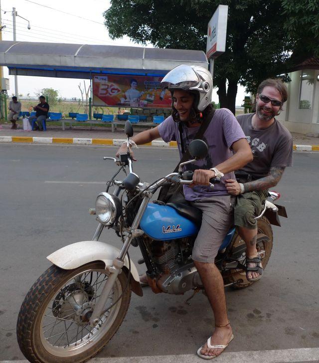 Traffico inestricabile a Vientiane
