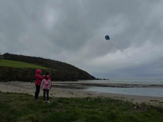 Caerhays beach, perfetta per far volare gli aquiloni (vikingandre.com)
