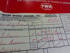 Biglietto aereo scritto a mano (web)
