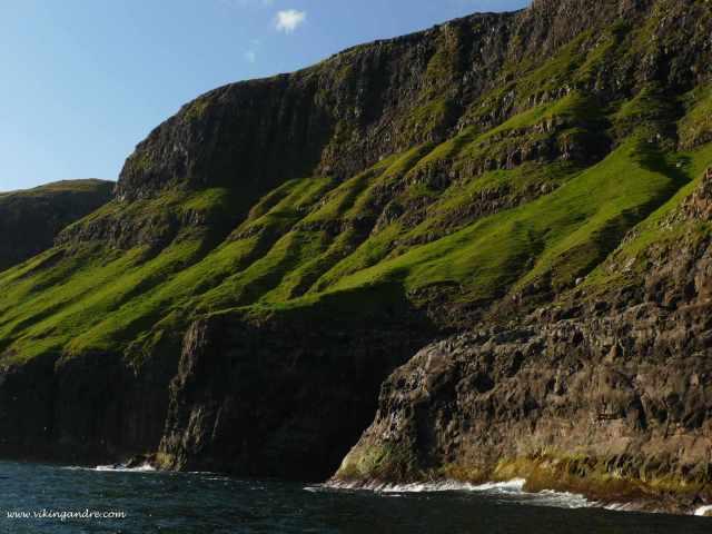 Vestmanna cliffs (vikingandre.com)
