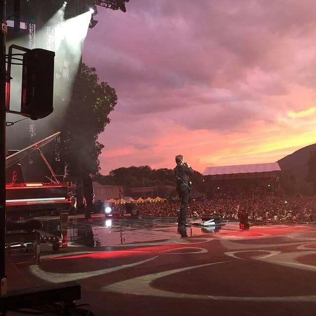 Muse dal vivo nella bucolica campagna Svizzera (Sonisphere Biel Nidau 06.06.2015)
