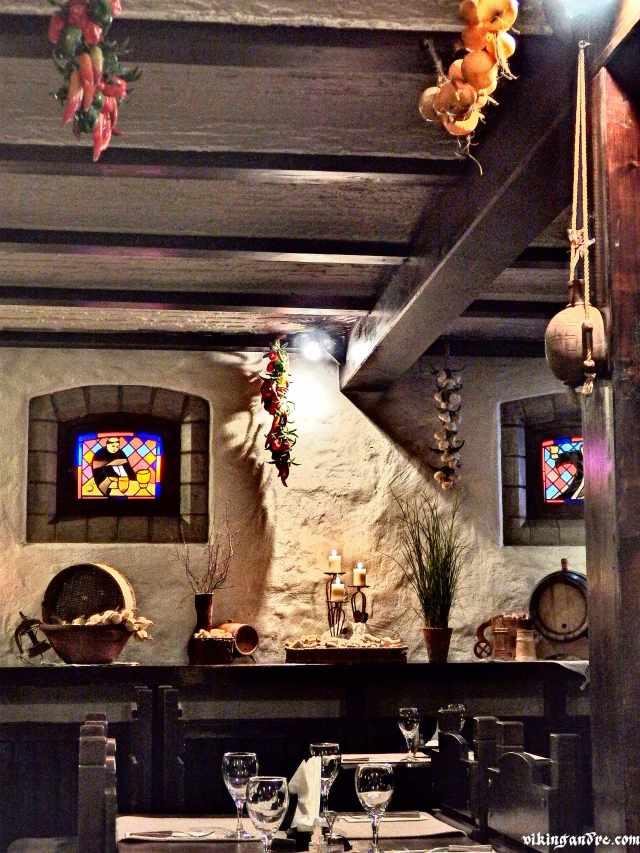Il ristorante Munga Kelder di Tallin (vikingandre.com)