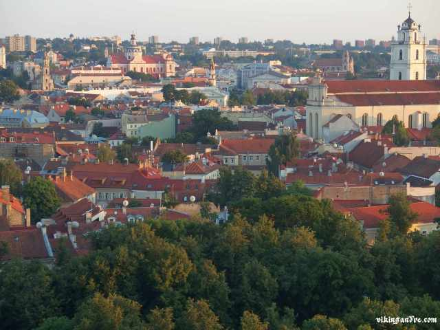 Vilnius dalla collina Gediminas (vikingandre.com)